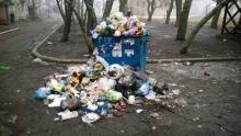 В Харцызске не хватает средств на вывоз мусора